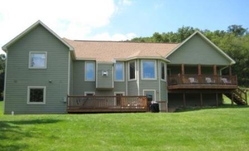 Galena Vacation Rental Homes -  3 Bedroom 3 Bath with Pool Table, Hot Tub, WiFi and Valley Views